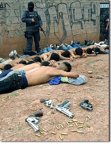 2702408148_7eb07574d0-latin-american-thugs.jpg