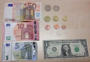 Euro size comparison with US $1 bill