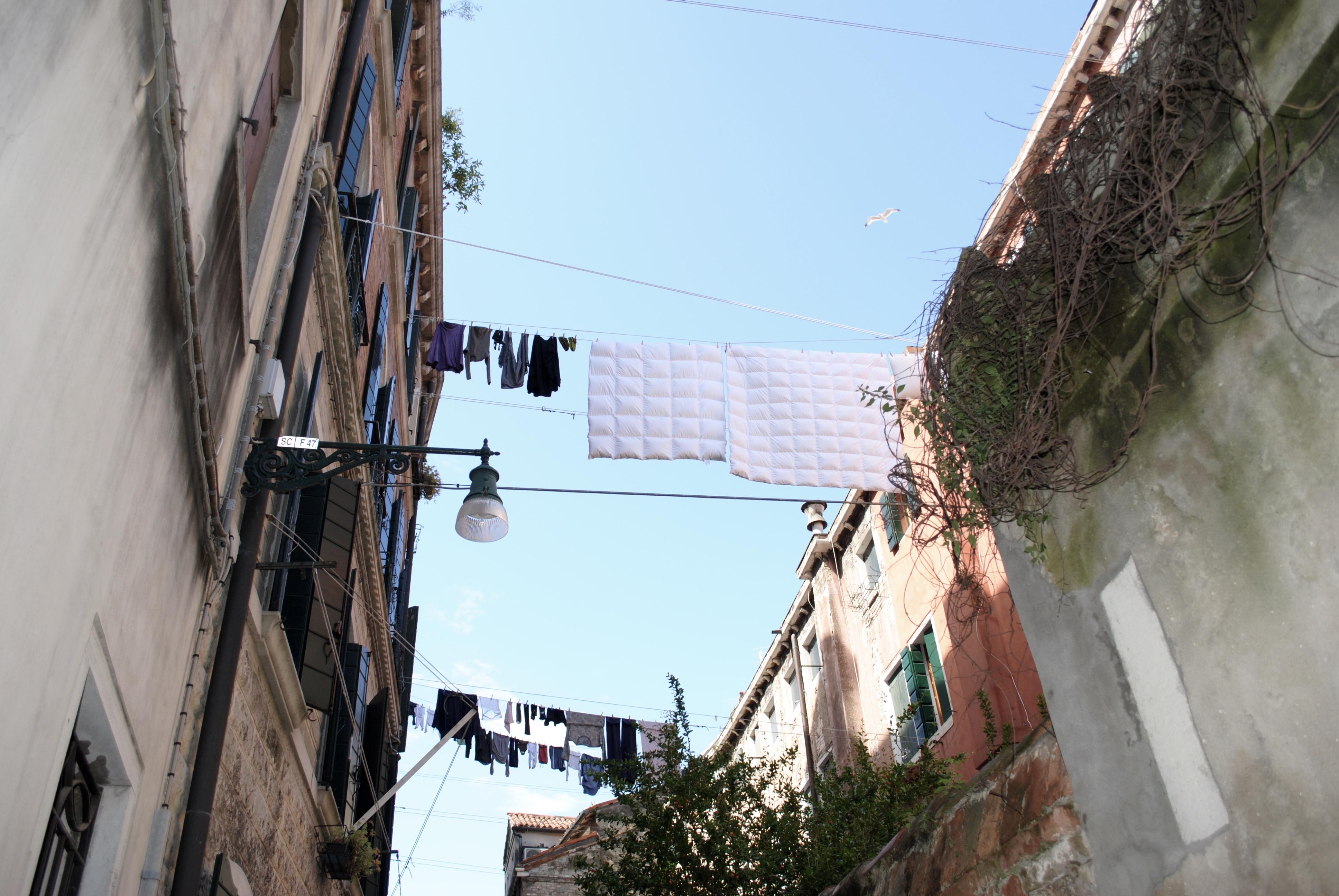 Marianna - clothesline